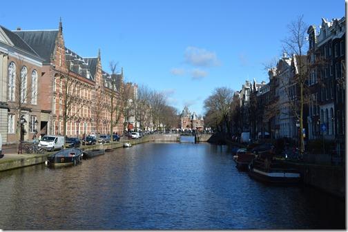 Kloveniersburgwal canal view