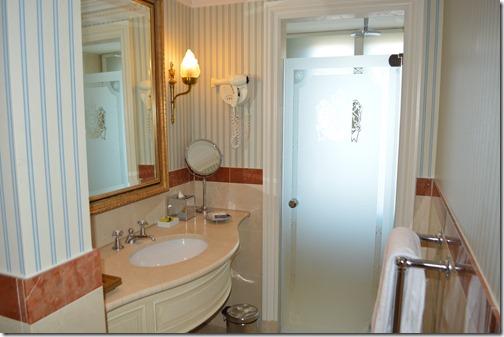 Amstel Hotel bathroom-1
