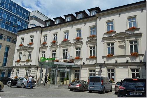HI Krakow entrance