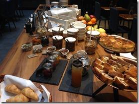 Hotel Indigo Krakow buffet2