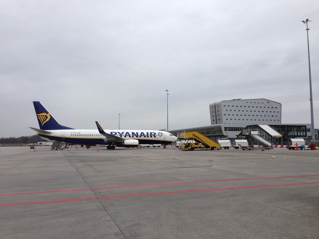 Amsterdam to Eindhoven Airport bus travel for cheap flights around Europe - Loyalty Traveler