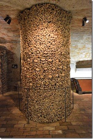 Brno ossuary-4