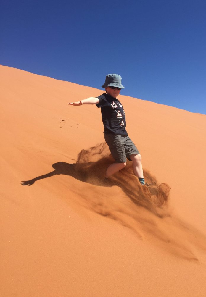 Namibia-dune-children-kids-running-Africa-sand