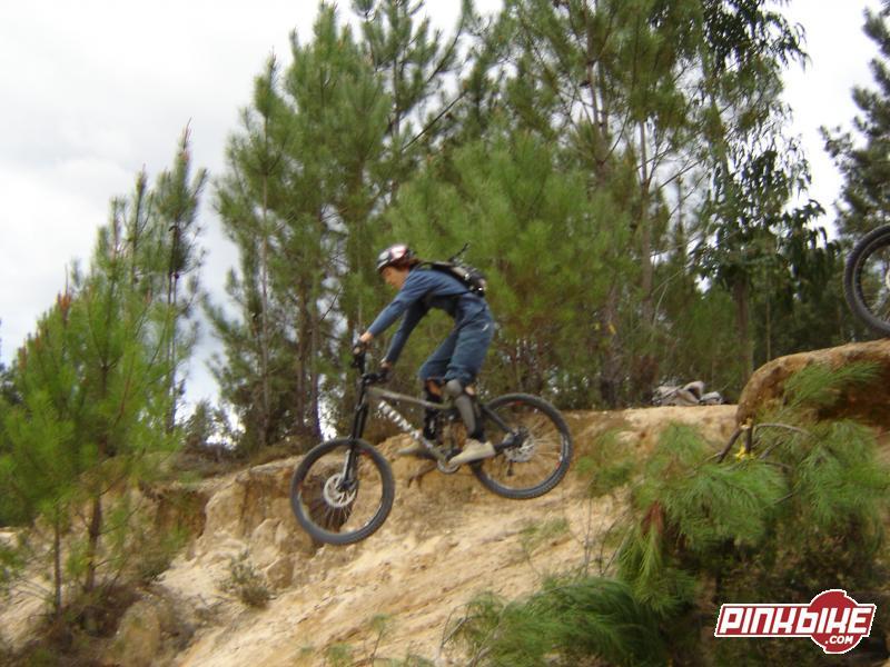 Dropar com a bike do Brajal