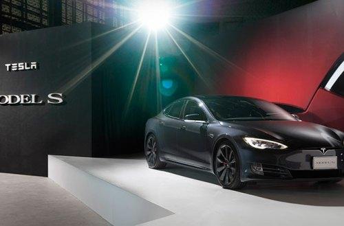 台首批Tesla Model S交車,第一組超級充電站進駐花博園區