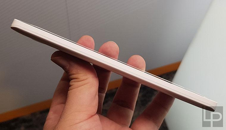 銀髮旗艦機iNO S9在台推出!兼顧美型機身設計與多項年長者友善功能