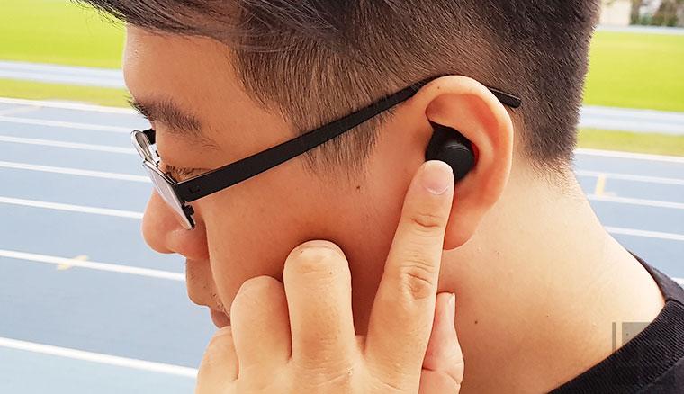 完全無線、樂趣更無限:三星Gear IconX (2018)藍牙耳機開箱