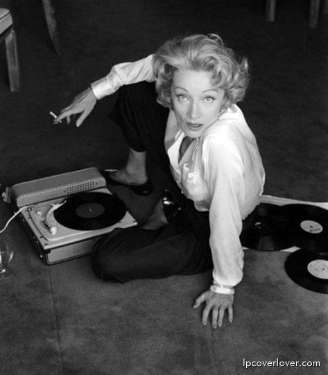 Marlène Dietrich. 1956 à l'hotel de Paris.