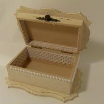 кутия за бижута в ретро стил
