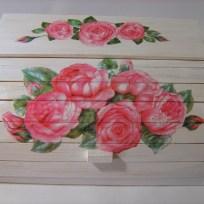 shabby-chic-roses-bread-box12