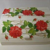 shabby-chic-roses-bread-box17
