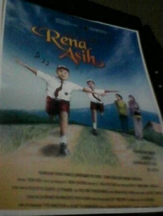 Rena Asih, pemenang penghargaan film terbaik Kalijaga Awards 2014.
