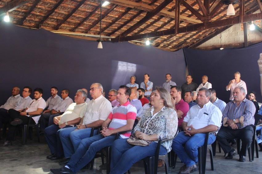 A3 Público reunião.JPG