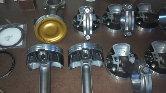diamond-custom-pistons-oliver-rods