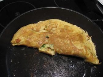 Opskrift på en nem omelet med bacon