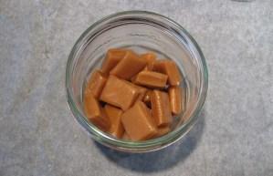 Opskrift på Flødekarameller i mikroovn