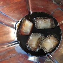 Koldbrygget iskaffe i blender
