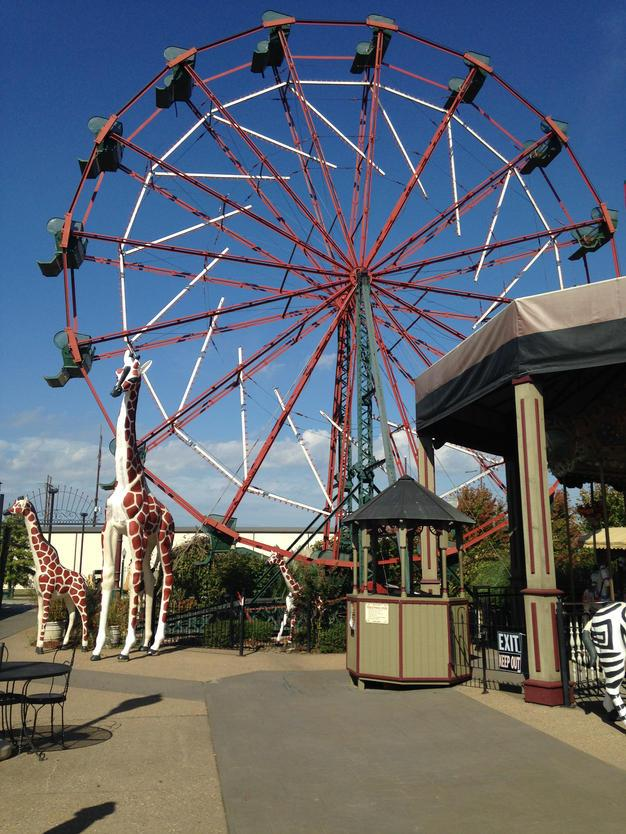 West End Park's farris wheel