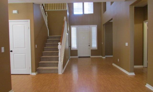 Spacious Entry - Now let's go upstairs!