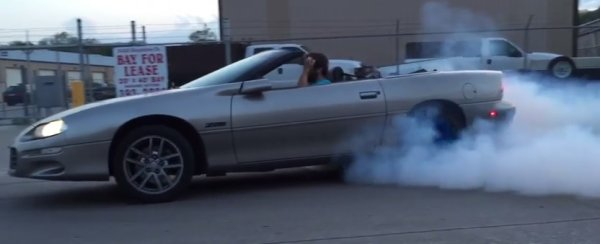loud 4th gen camaro burnout