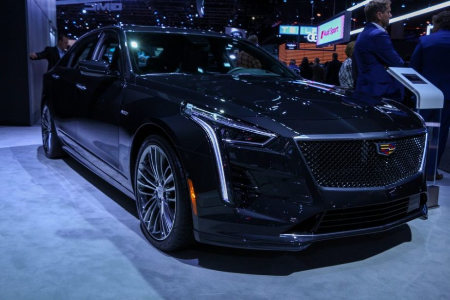 Cadillac Ct6 V Shown At L A Auto Show Along With Blackwing V8