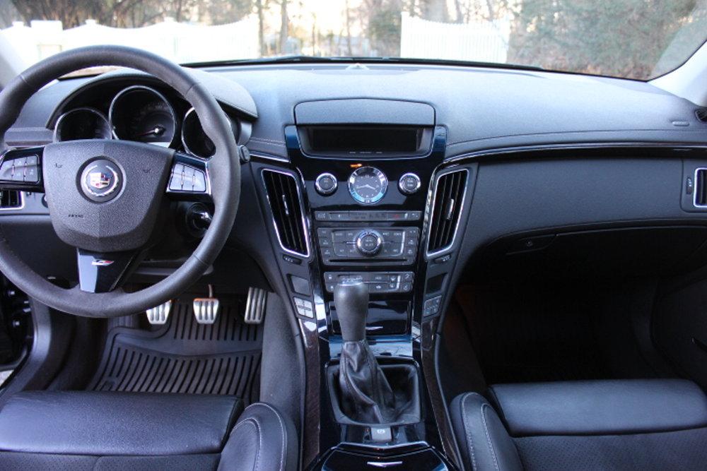 2012 Cadillac CTS-V Wagon Interior