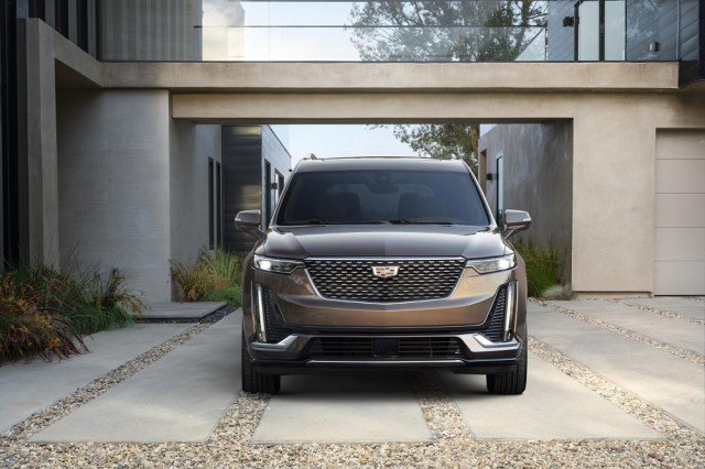 2020 Cadillac XT6 Luxury Three-row SUV Crossover