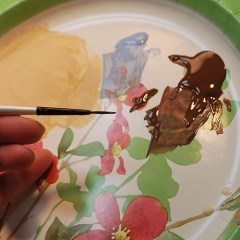How to paint the detail lines to your relief carving, free project by Lora S Irish