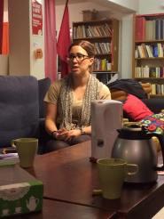 Kommunalrådet Elin Gustafsson besöker LSSK och pratar om feministisk kommunalpolitik.