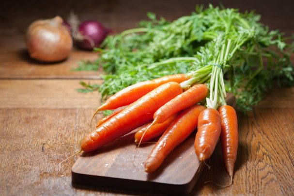 Image of carrots, which contain carotenoids which were lower in the diets of those with Lichen Sclerosus.