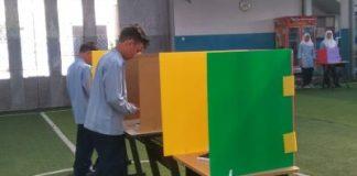 Ratibul Haddad Dibaca Para Siswa Sebelum Perhelatan Pemilihan Ketua OSIS