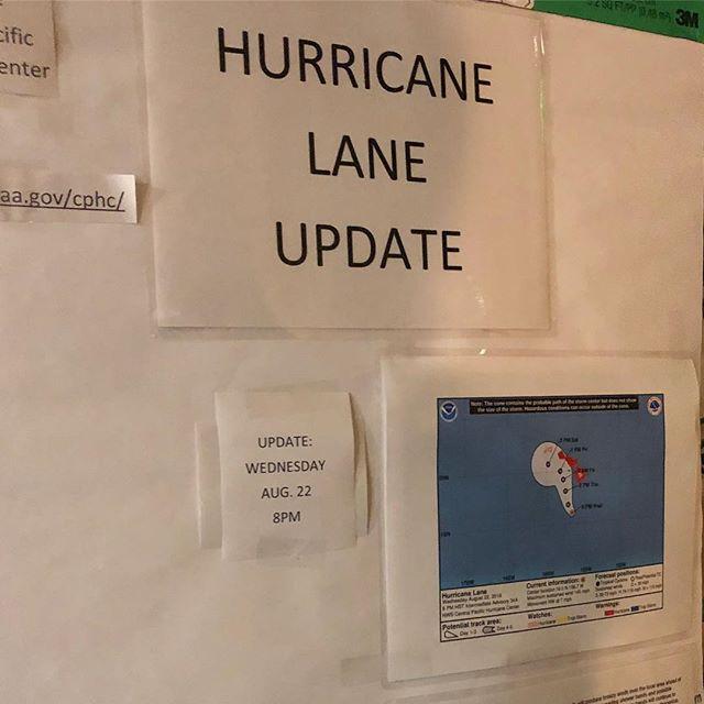 ハワイ・ホテルのハリケーンお知らせ告知