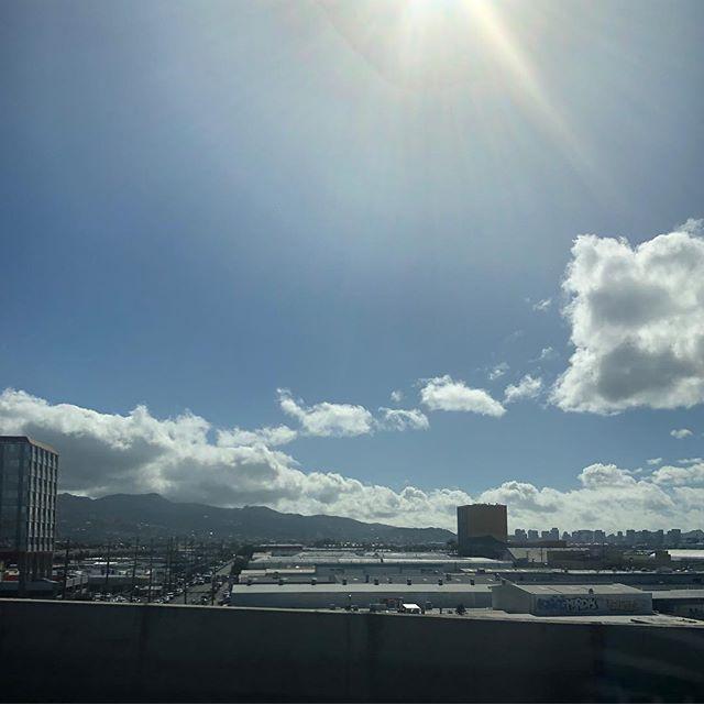 ハワイ・空港からホノルルへ