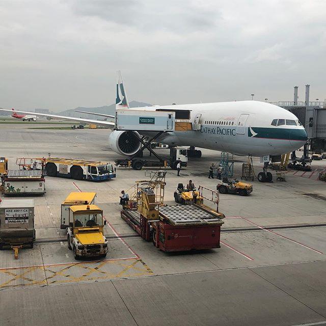 キャセイパシフィック航空・香港発成田行