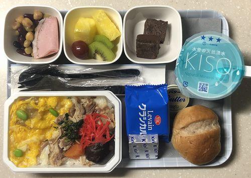 ヨーロッパ系航空会社イメージ機内食