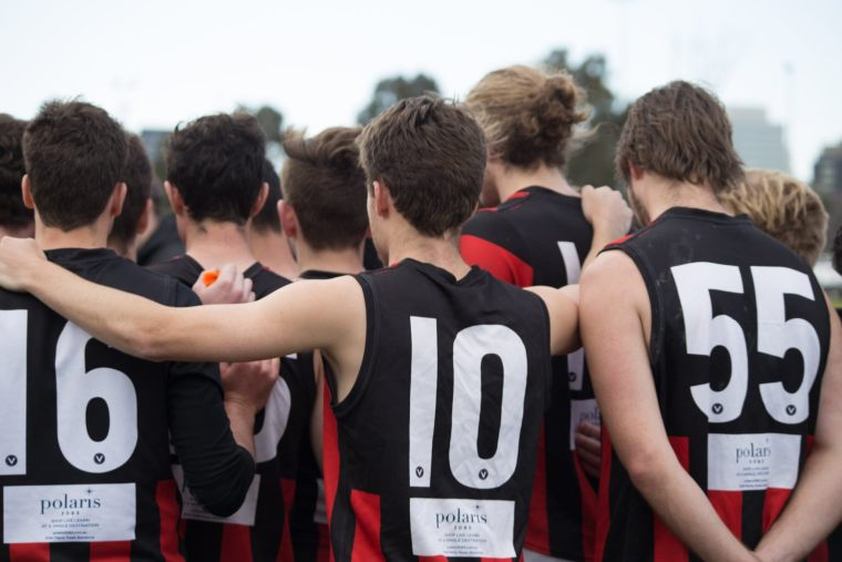 Round 18 - Senior Men 2019 - Huddle