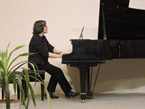 A 30 éves Alkotó Muzsikusok Társasága kiállítás megnyitója és koncertje