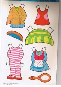 bonecas de papel 15 212x300 - Brincando com bonecas de papel