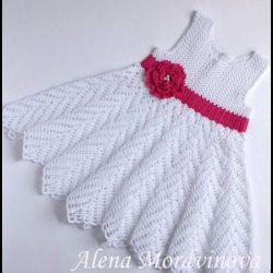 vestidos a crochet para menina e1571788039558 - VESTIDOS INFANTIS DE CROCHÊ COM GRÁFICOS