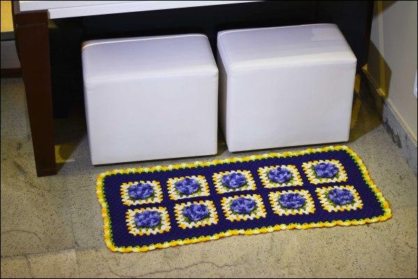 tapete-azul-com-flores3