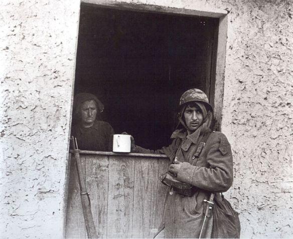 Un respiro durante la batalla de Sollube, 1937
