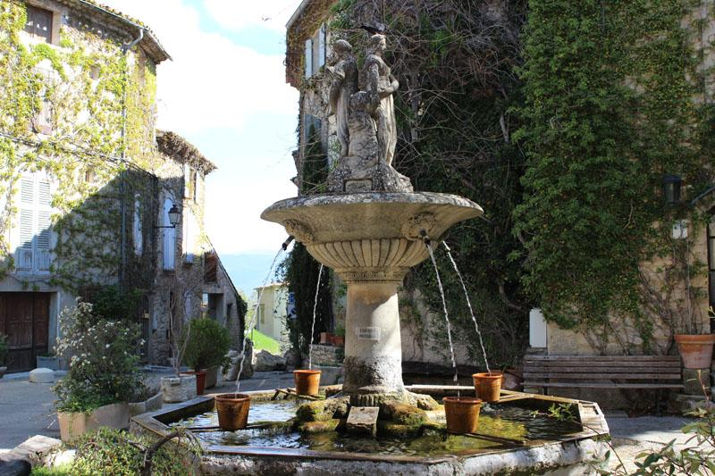 Fontaine de Saignon