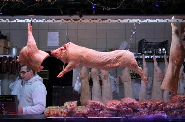 Почему в еврейской кухне не едят свинину