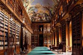 Klementinum-library