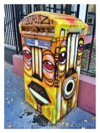 graffiti in rue deyonez (12)