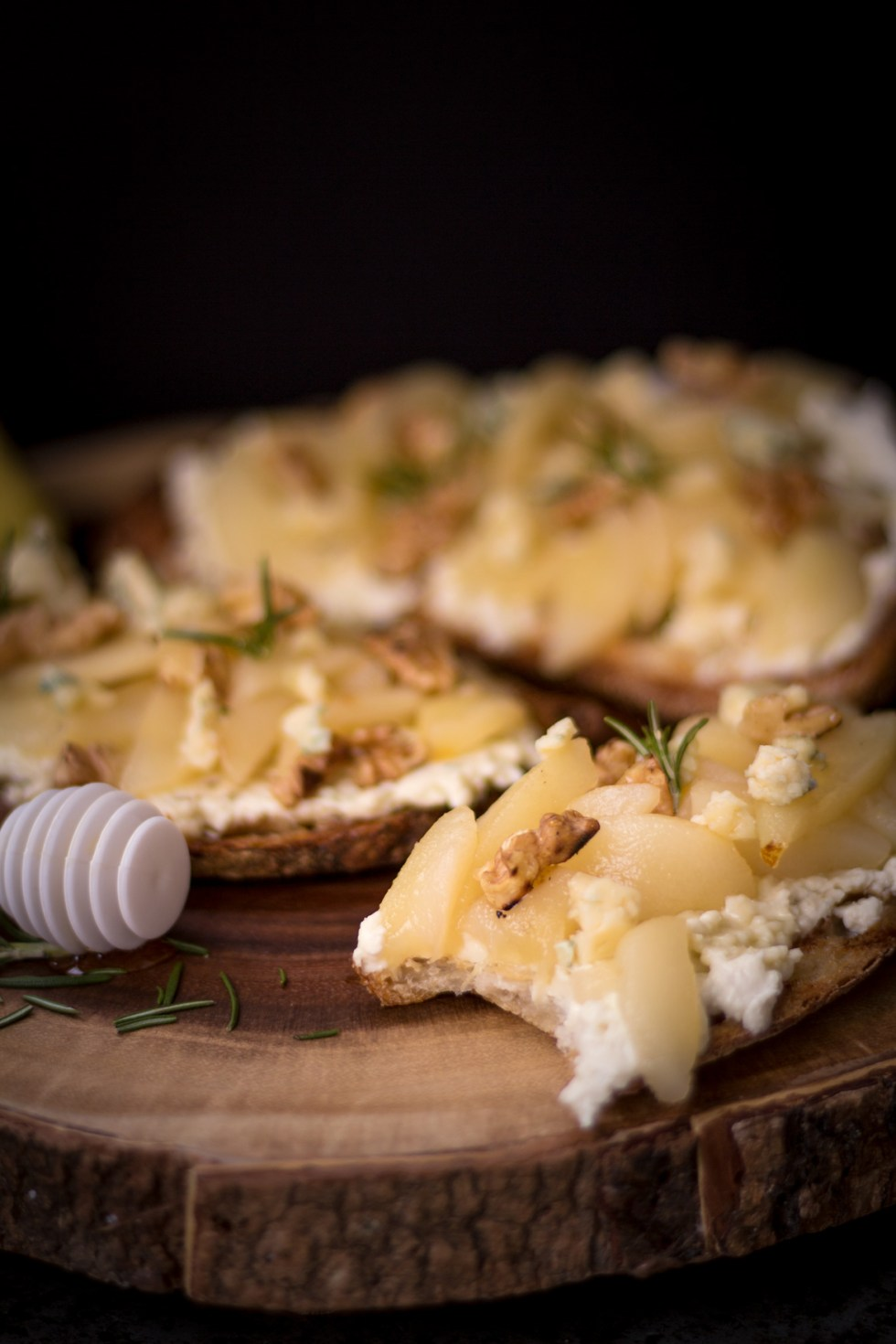 sanduiche-aberto-de-pera4