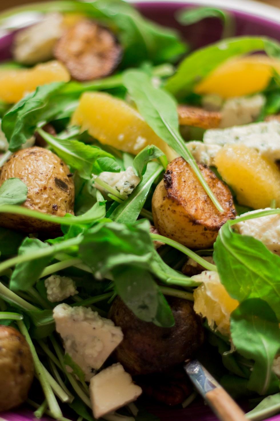 Salada de rúcula com batata e laranja3