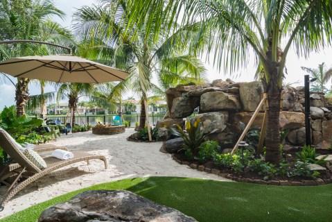 Backyard-custom-pool-resort-wellington-florida-5738