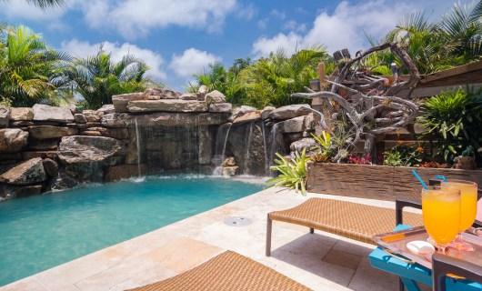 Drinks-Waterfall-Custom-Swimming-Pool-Nokomis-4950