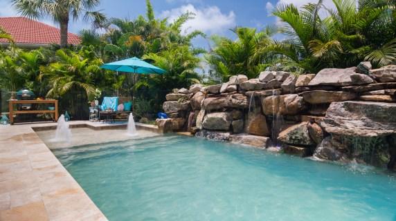 waterwall-Nokomis-Swimming-Pool-builder-Custom-pools-4977